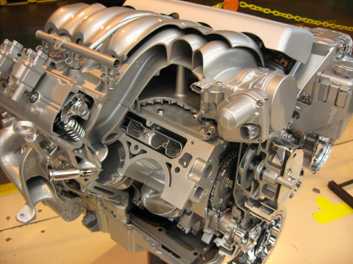 Overhead Valve (OHV) vs Overhead Cam (OHC):  Which Engine Design Is Better?