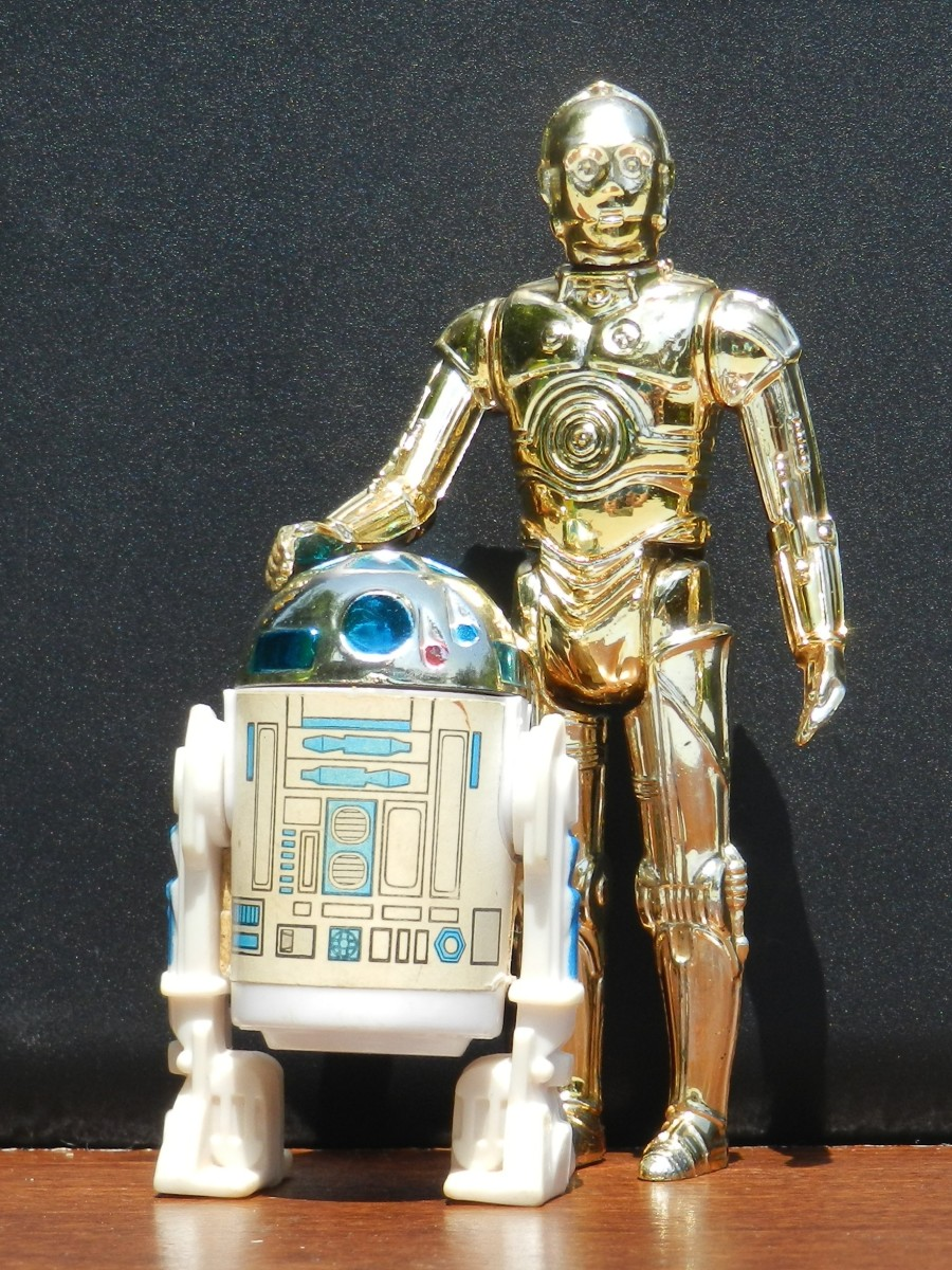 R2-D2 and C-3PO were among the 12 original Kenner Star Wars action figures.