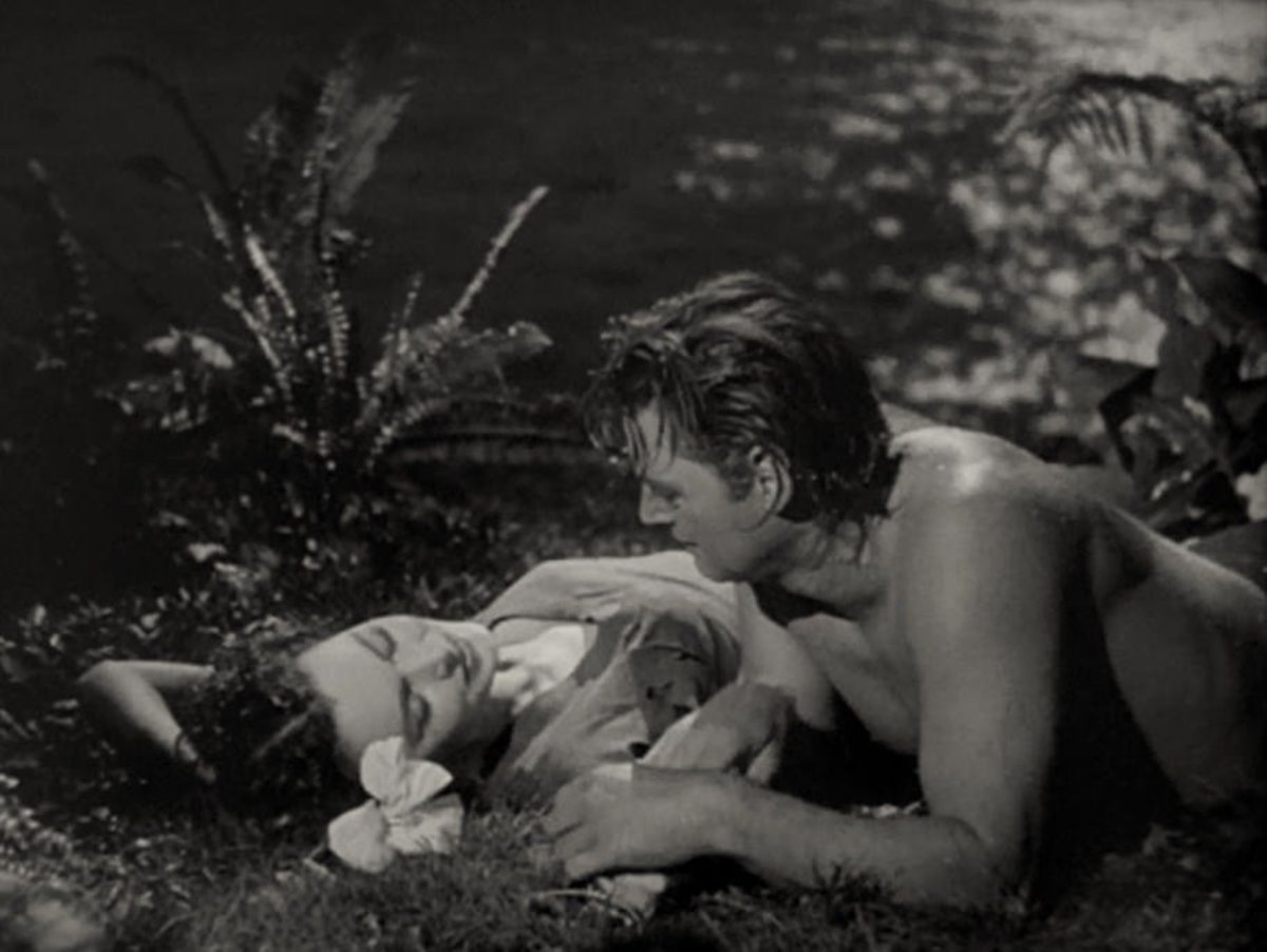 Jane (Maureen O'Sullivan) and Tarzan (Johnny Weissmuller) in a scene from the 1941 film Tarzan's Secret Treasure.