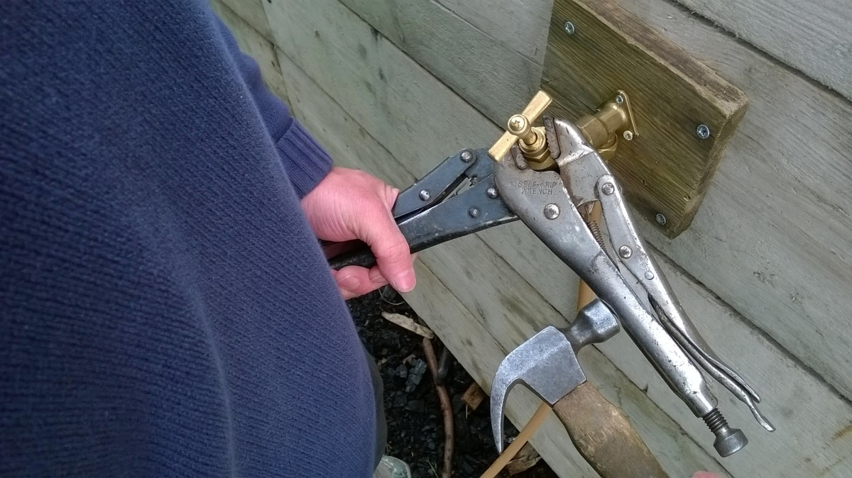 A second vise grips comes in useful