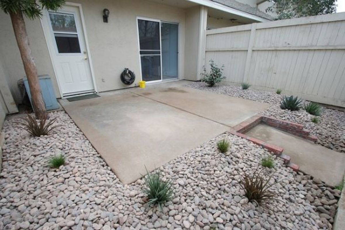 How to build a loose material patio dengarden for How to build a river rock patio
