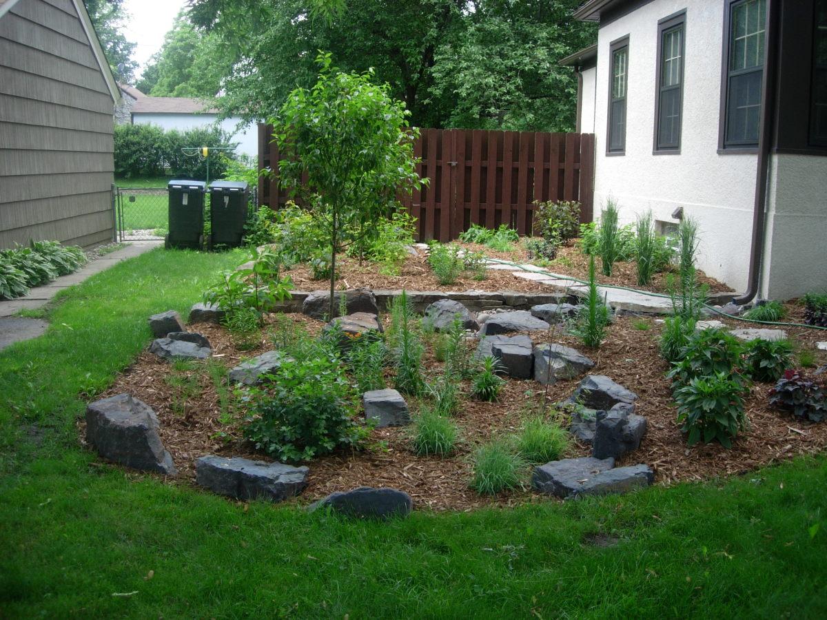 Mulch and rock garden