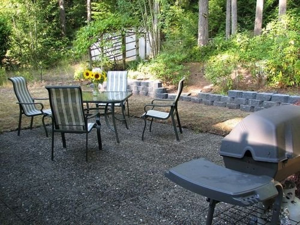 Perfectly squared crushed stone patio