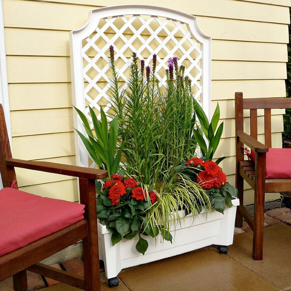 Trellis Patio Planter Box