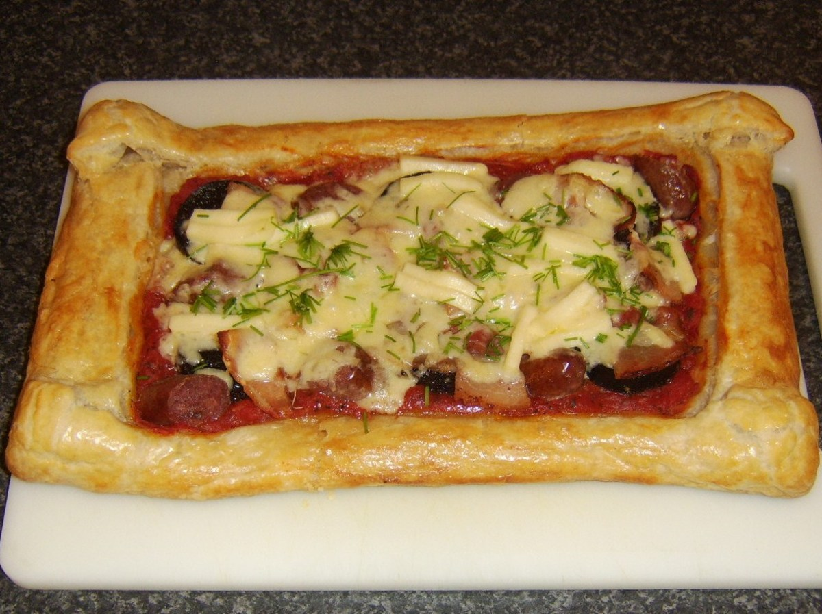 Big Breakfast Puff Pastry Pizza