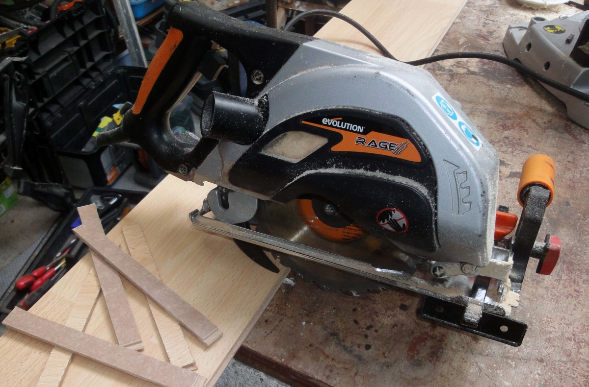 Evolution Rage Circular Saw That Cuts Through Hidden Nails and Screws