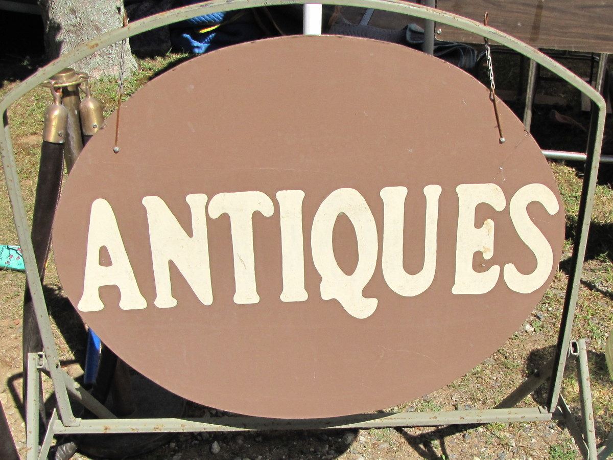 The Brimfield Antique and Collectibles Show
