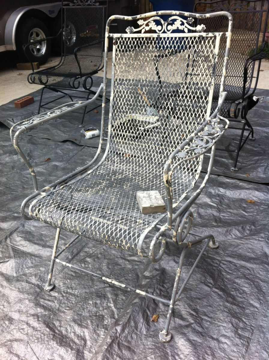 Diy How To Paint A Vintage Wrought Iron Chair