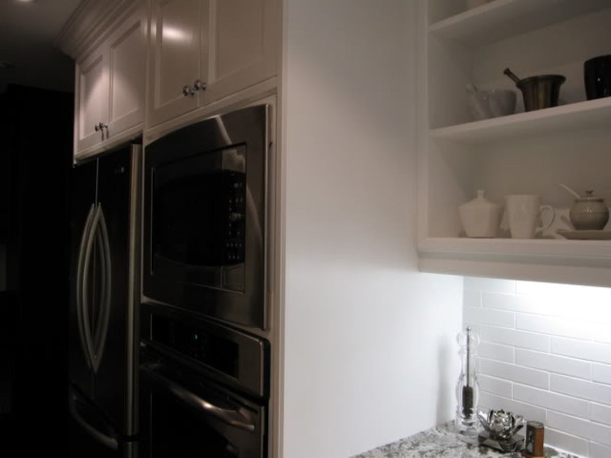 microwave oven on an appliance wall