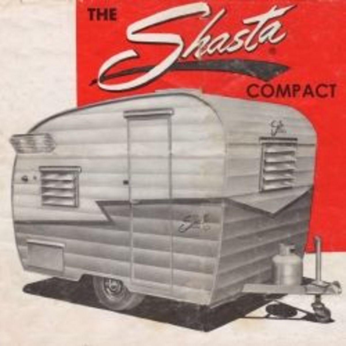 vintage-shasta-compact-travel-trailer