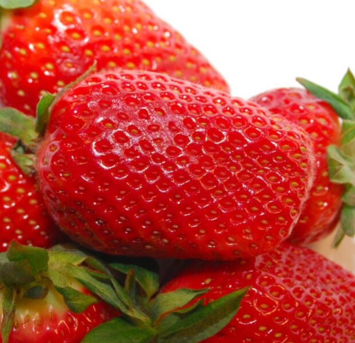 Strawberries also contain soluble fiber.