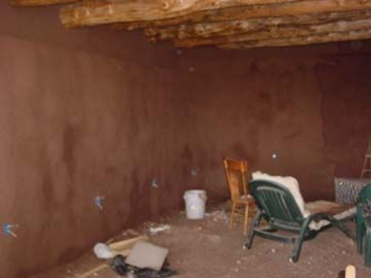 Mud application living room.