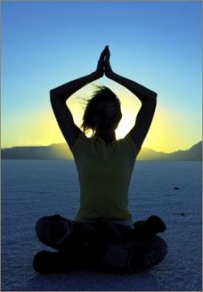 4 Basic Yoga Poses With Instructions