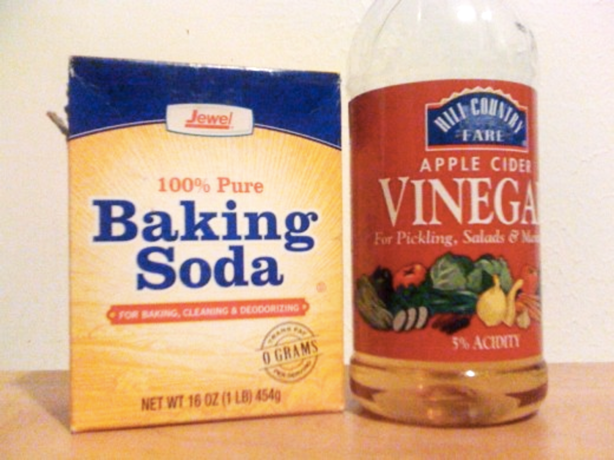 You can fix practically anything in your house with one of three things: baking soda, duct tape, and vinegar. This time, you can forget the tape!