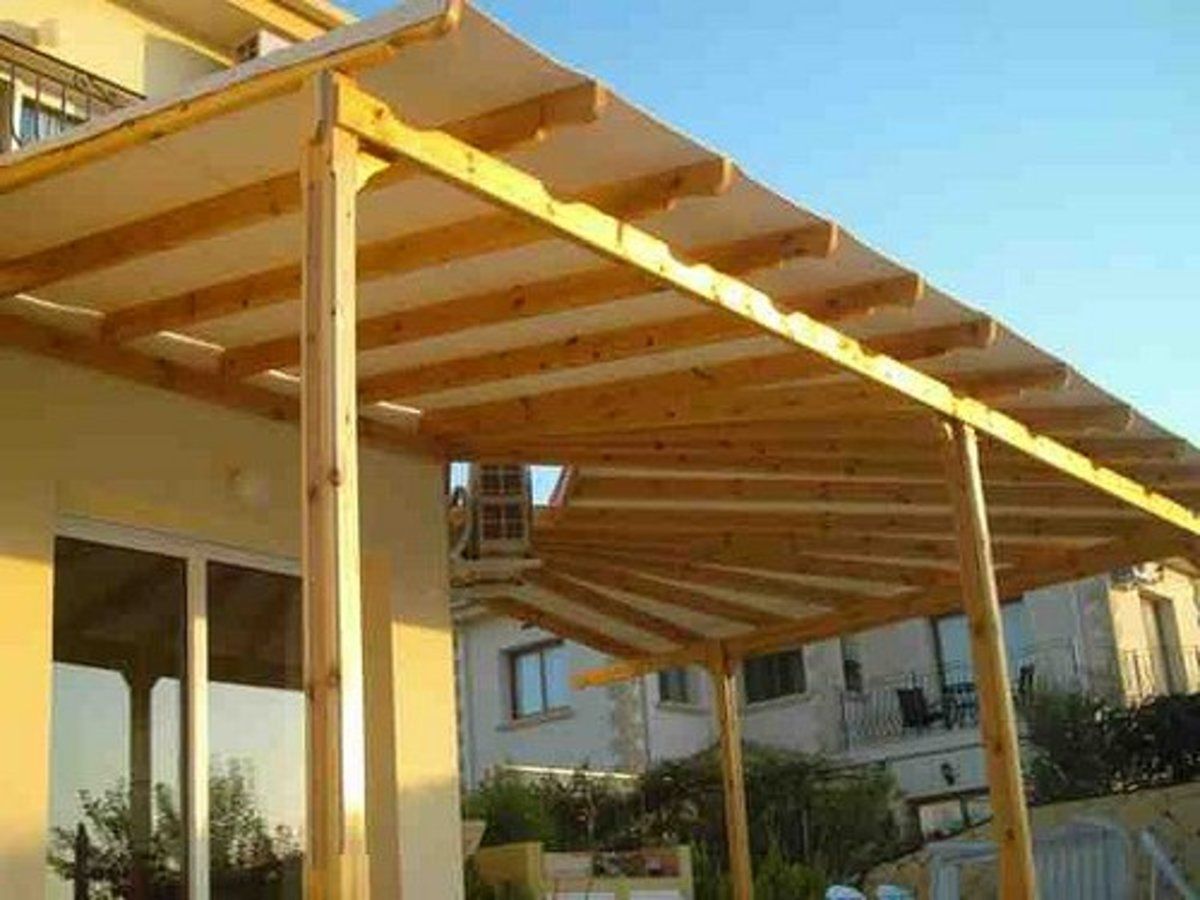 different types of outdoor pergola roof materials dengarden