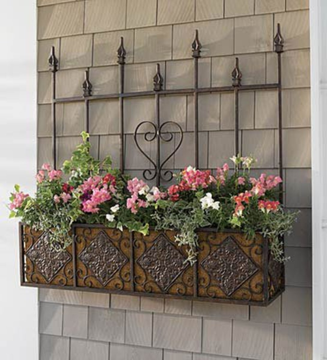 An ideal solution for a wall that has no windows, but needs a bit of decoration!
