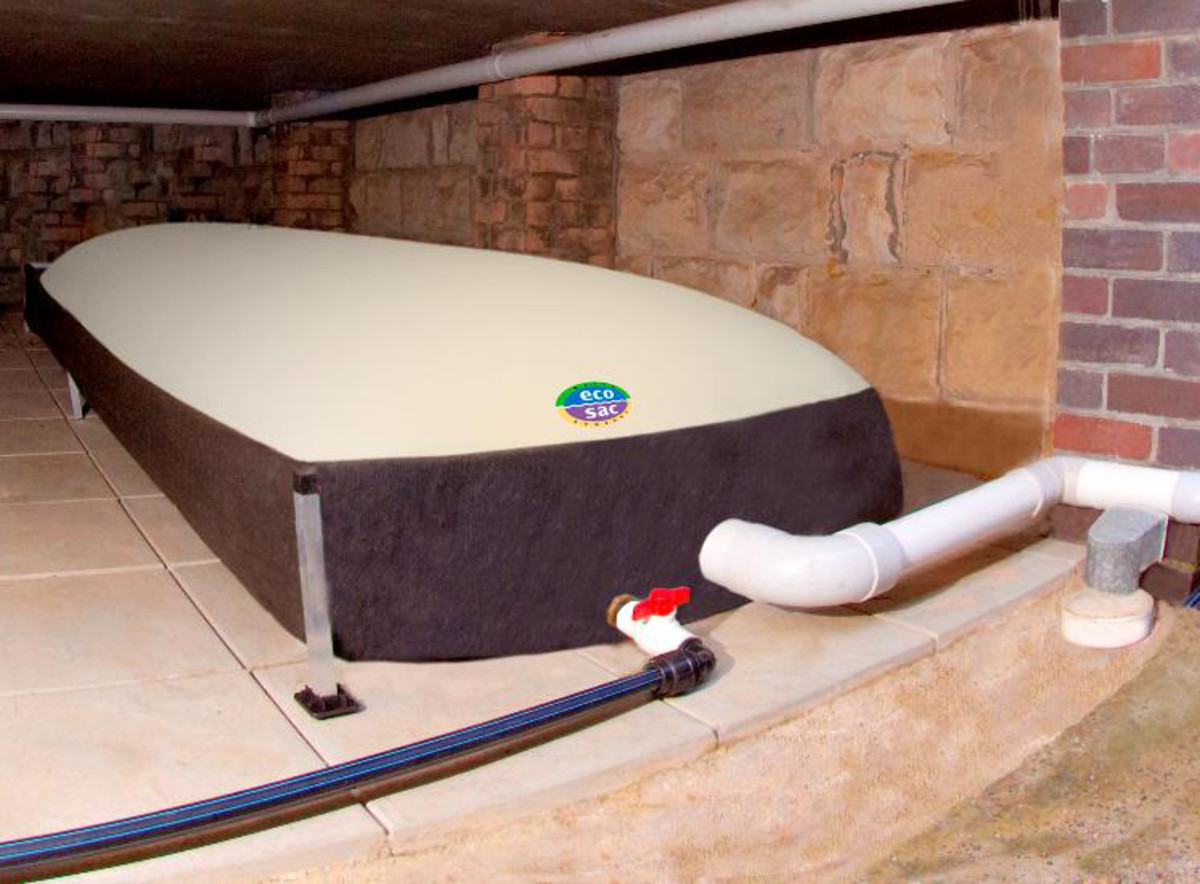 A bladder storage tank fitted and plumbed in the under house cavity