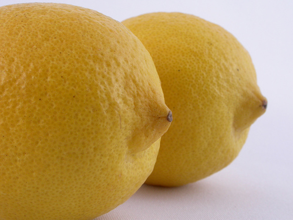 Lemon juice and baking soda are two common household items that can remove fresh or established lipstick stains.