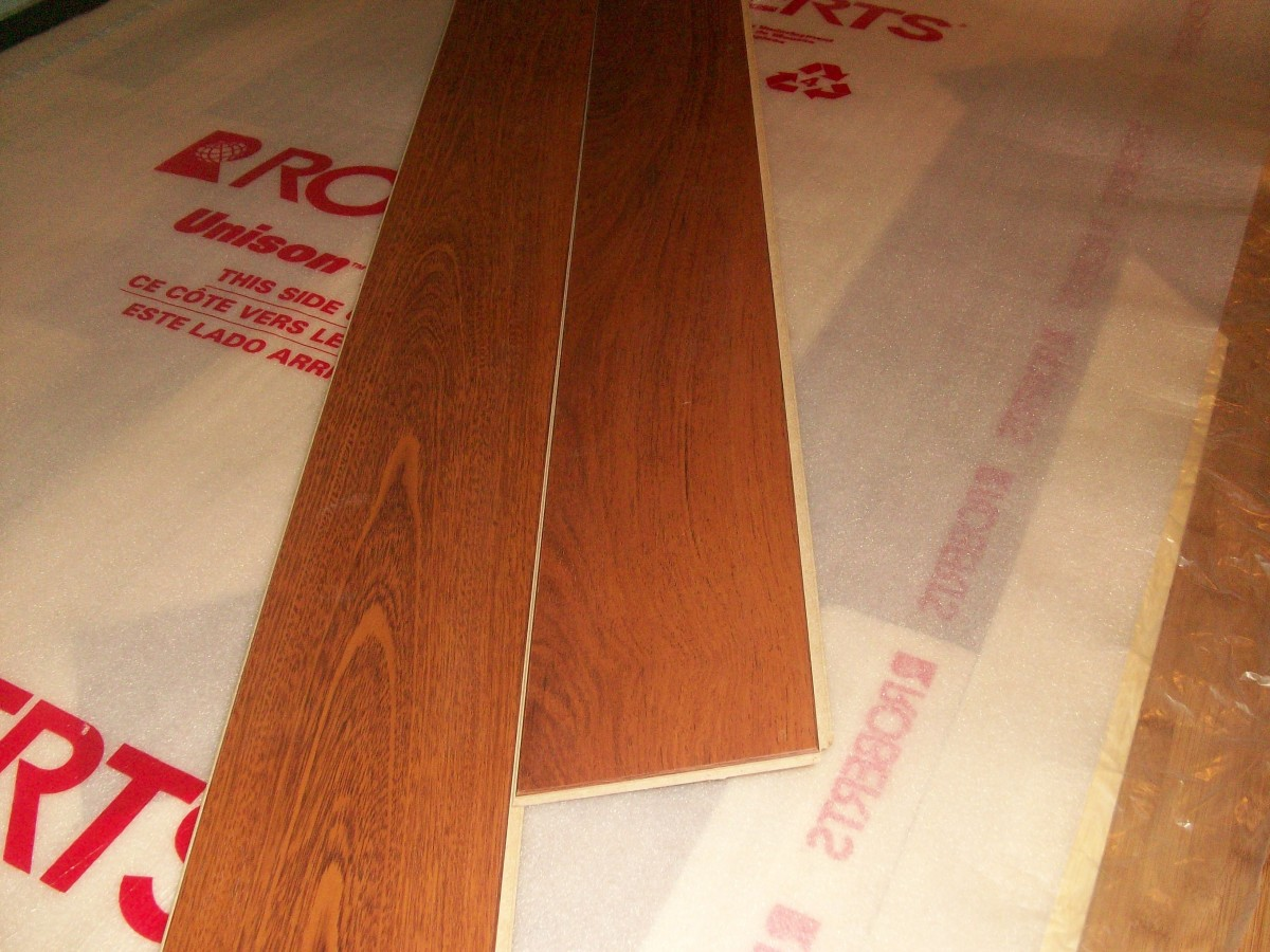 """Bending"" engineered hardwood planks together"