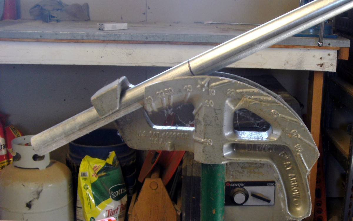 EMT Electrical Conduit Pipe Bending - How to Bend a 90