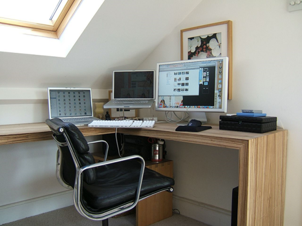 An alcove designed and decorated as a work-at-home work station.