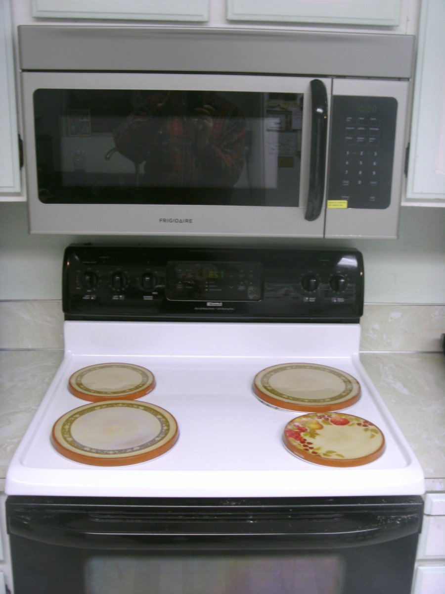 Installed over the counter microwave