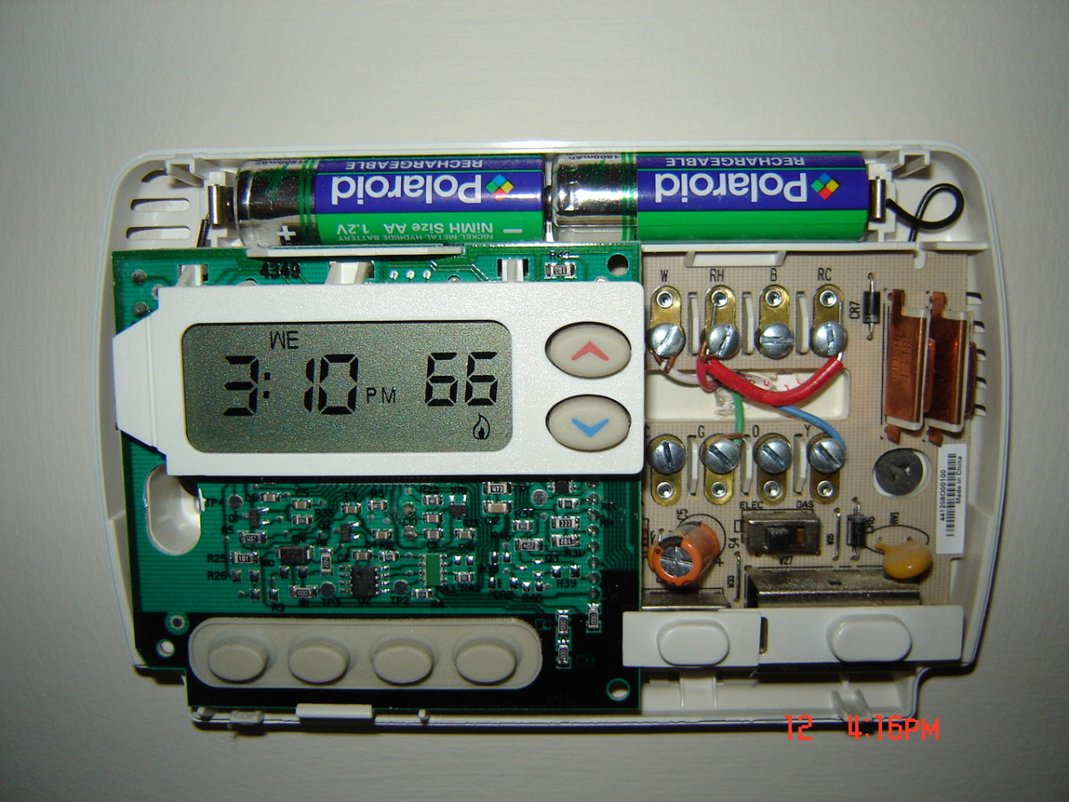 Batteries in thermostat