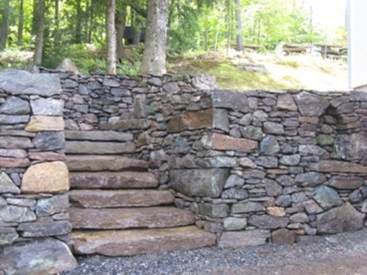 Building Stone Steps : Building outdoor staircases from natural stone or rock