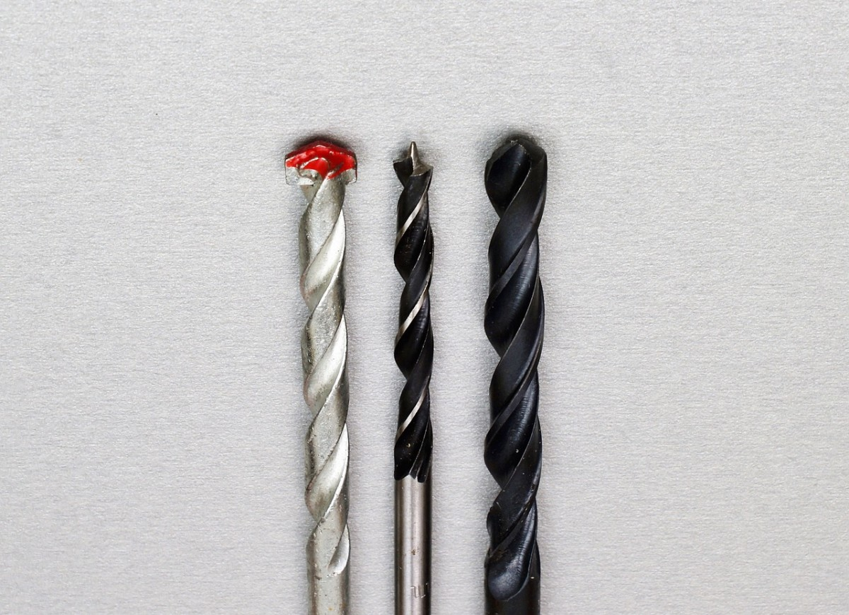 Drill bits - From left to right masonry bit, lip and spur bit and HSS bit