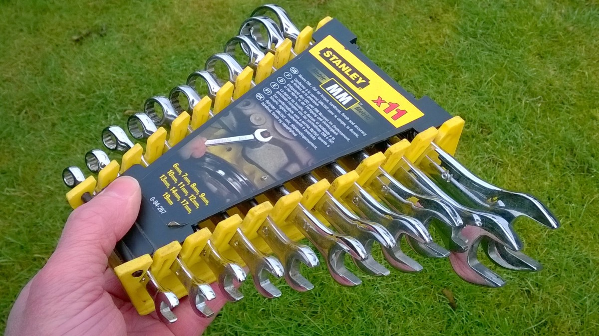 Combination spanners (wrenches)