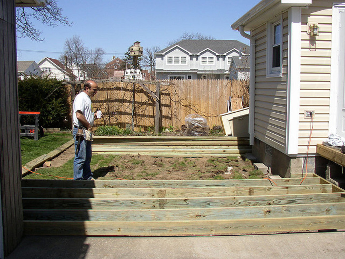 how-to-build-a-free-standing-deck