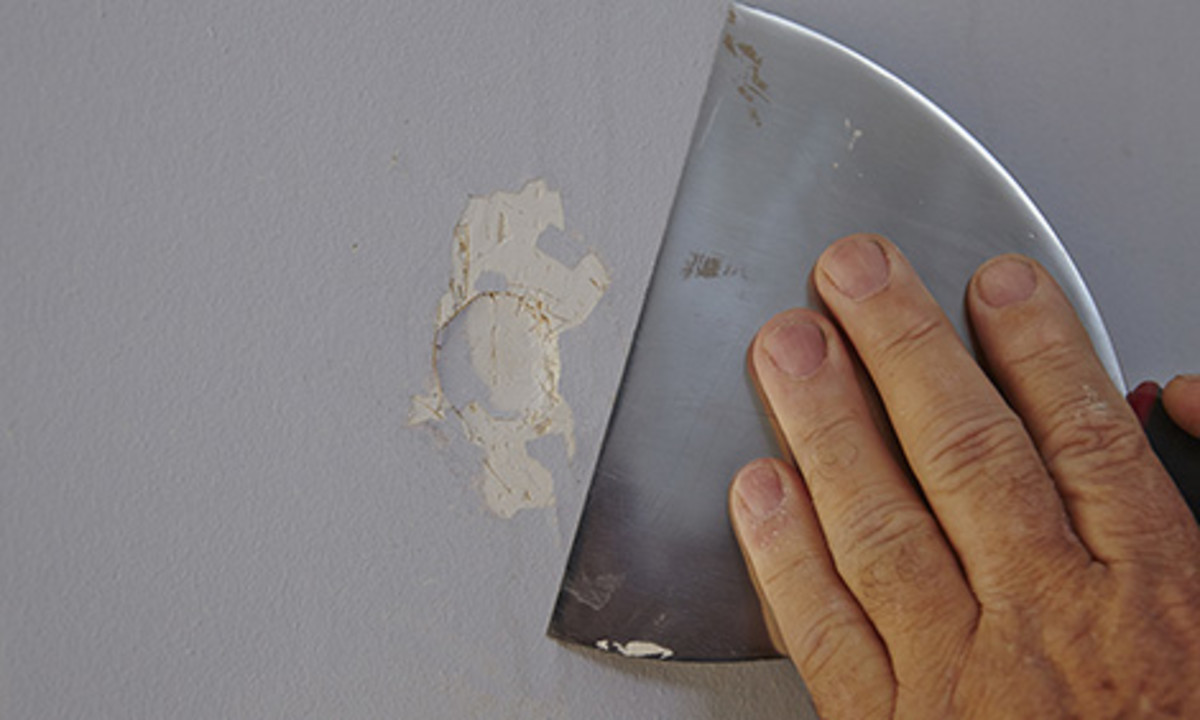 How To Prepare A Wall For Painting Sanding