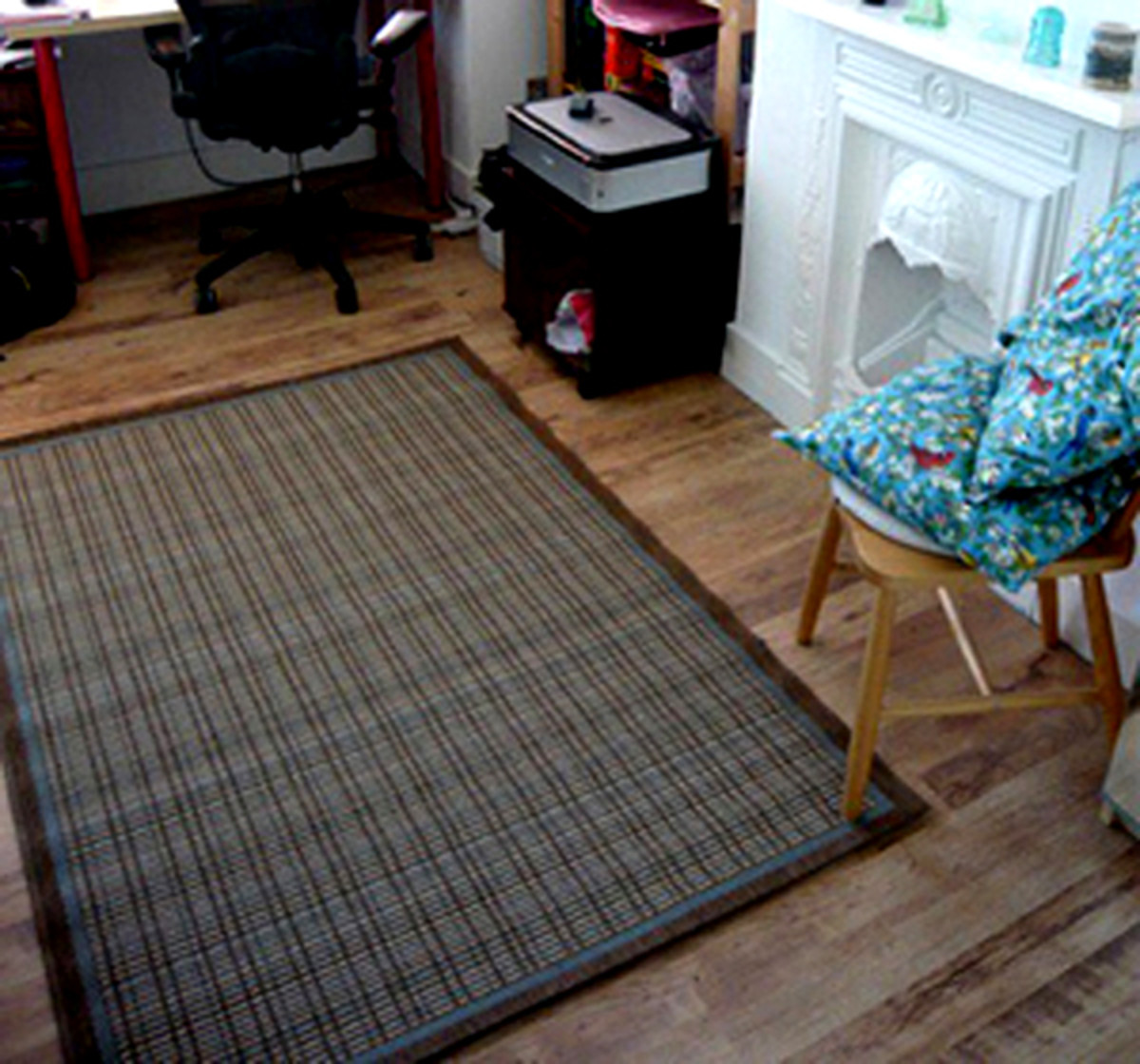 An area rug is not meant to be an island.
