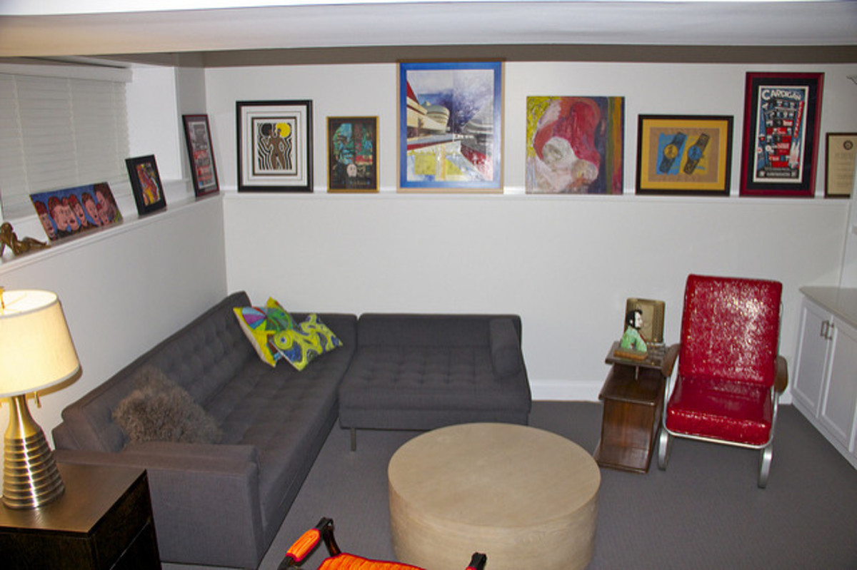 Photo ledges allow you to easily move and rotate artwork.