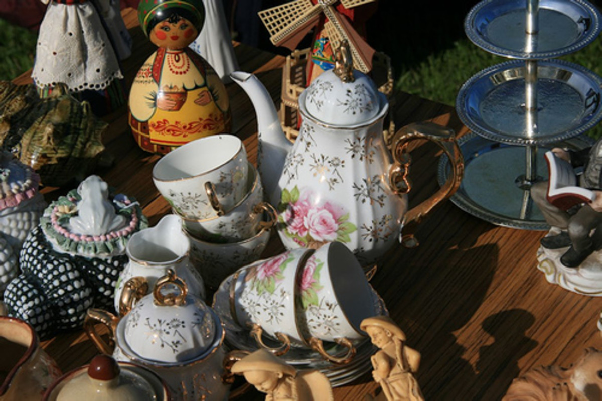 There will be a shabby chic treasure in there somewhere. Car boot sales are a great source of inspiration. (Creative Commons).