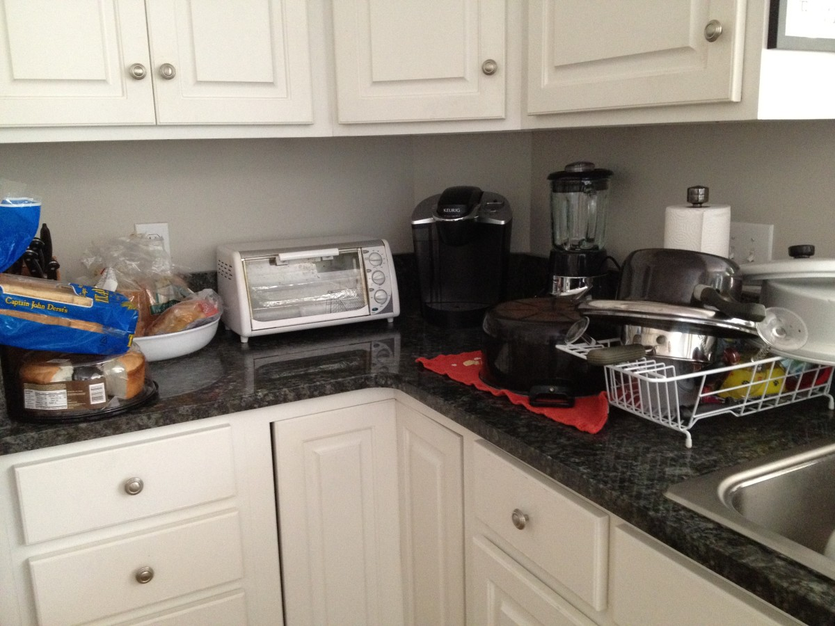 Decluttering Your Kitchen Counters: BEFORE