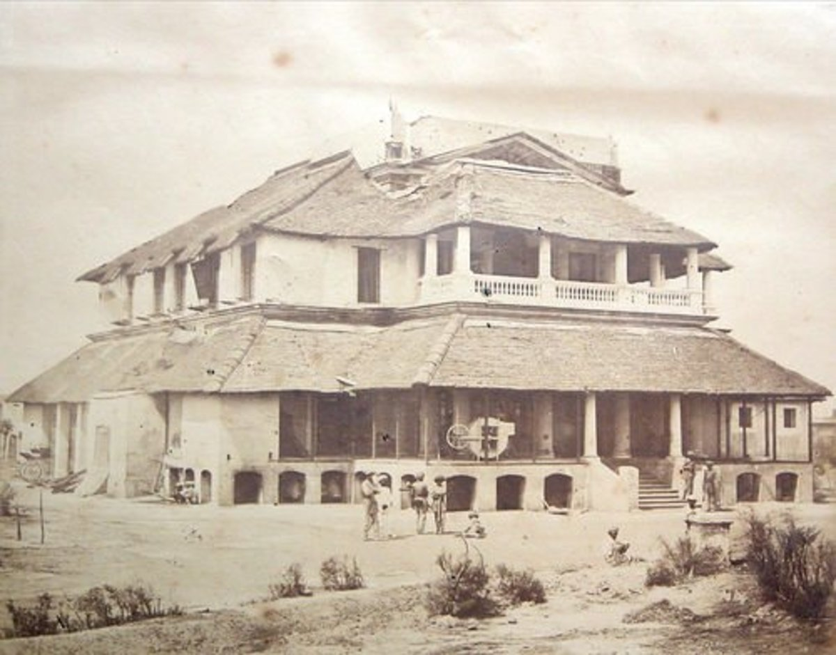 Example of large Indian bungalow. Photo c. 1857.
