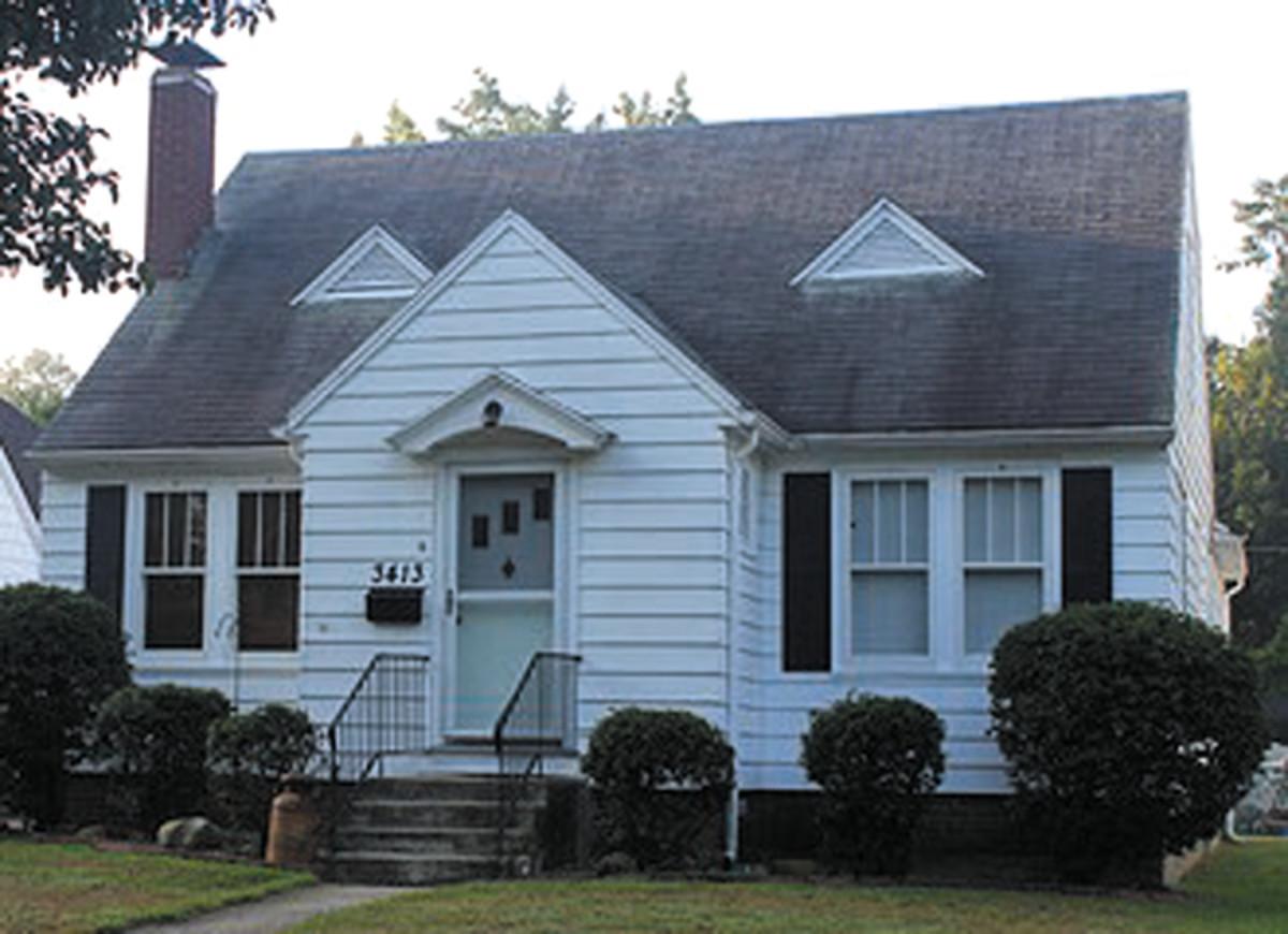 Symmetrical Cape Cod bungalow
