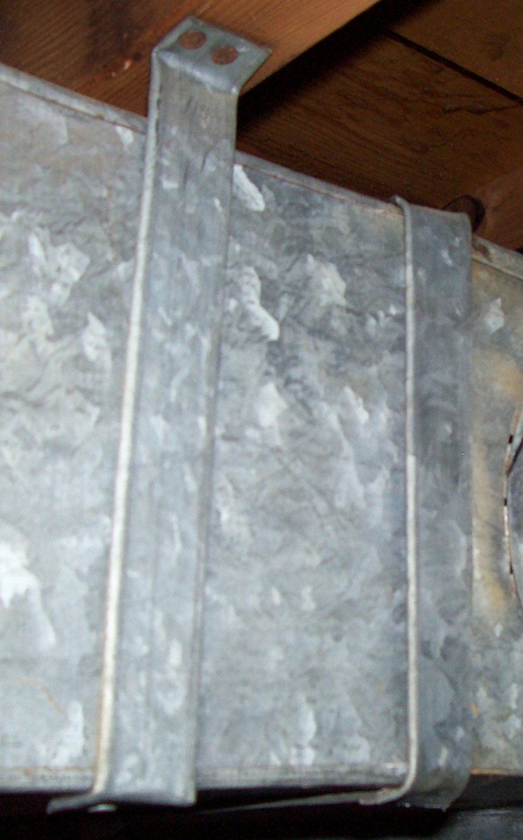 Squeaks and vibrations are common around the duct hangers.