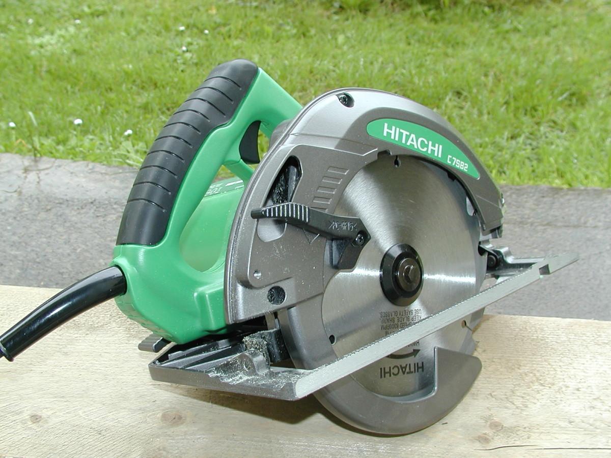 Hitachi C7SB2 Circular Saw