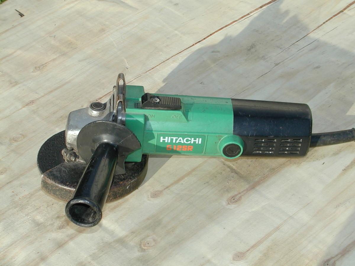 Hitachi 4 1/2 Inch angle grinder