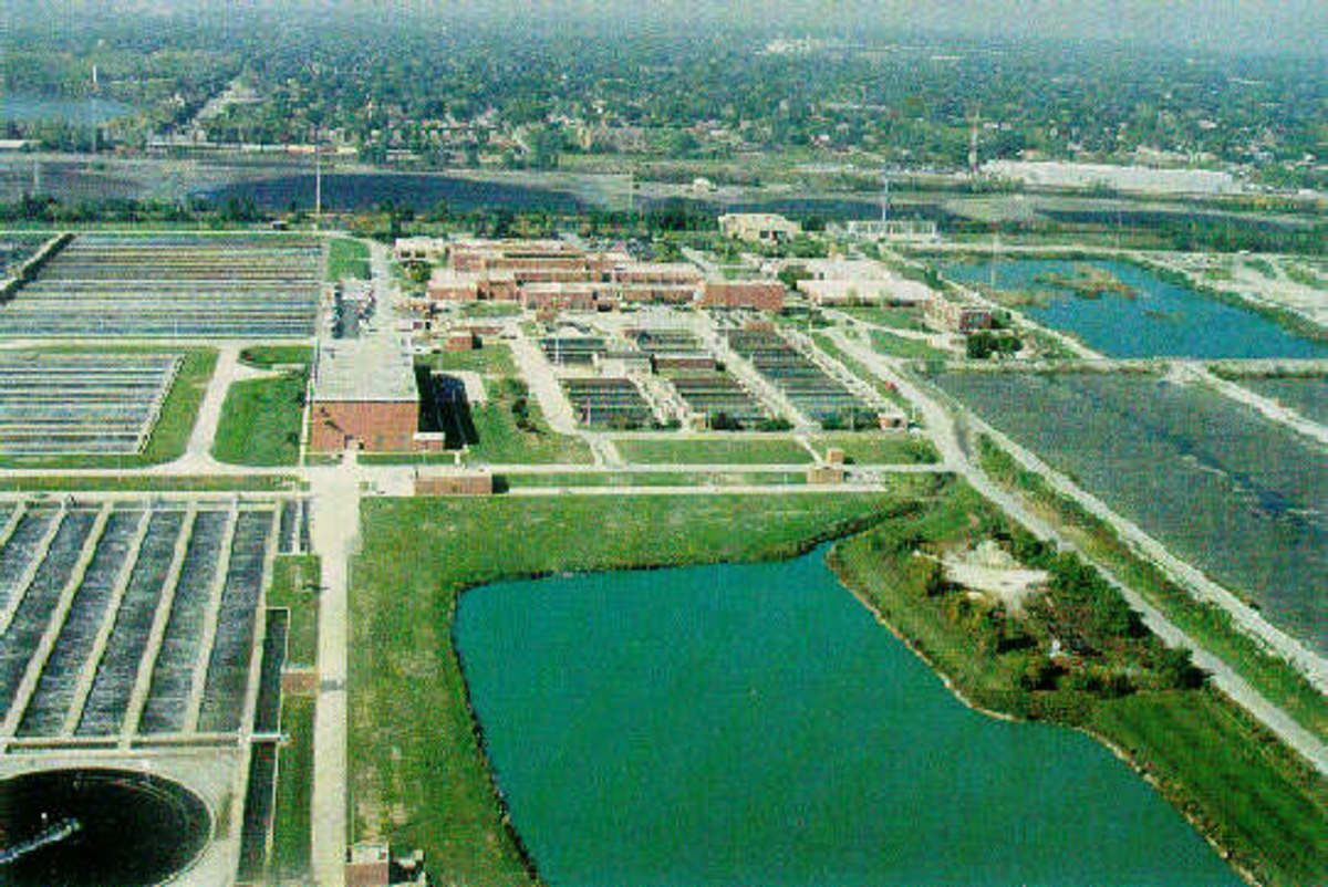 Calumet Water Reclamation Plant, designed to treat wastewater from 300 square miles of Chicago and some of its suburbs. Provides primary and secondary treatment, removing 90% of its contaminants.