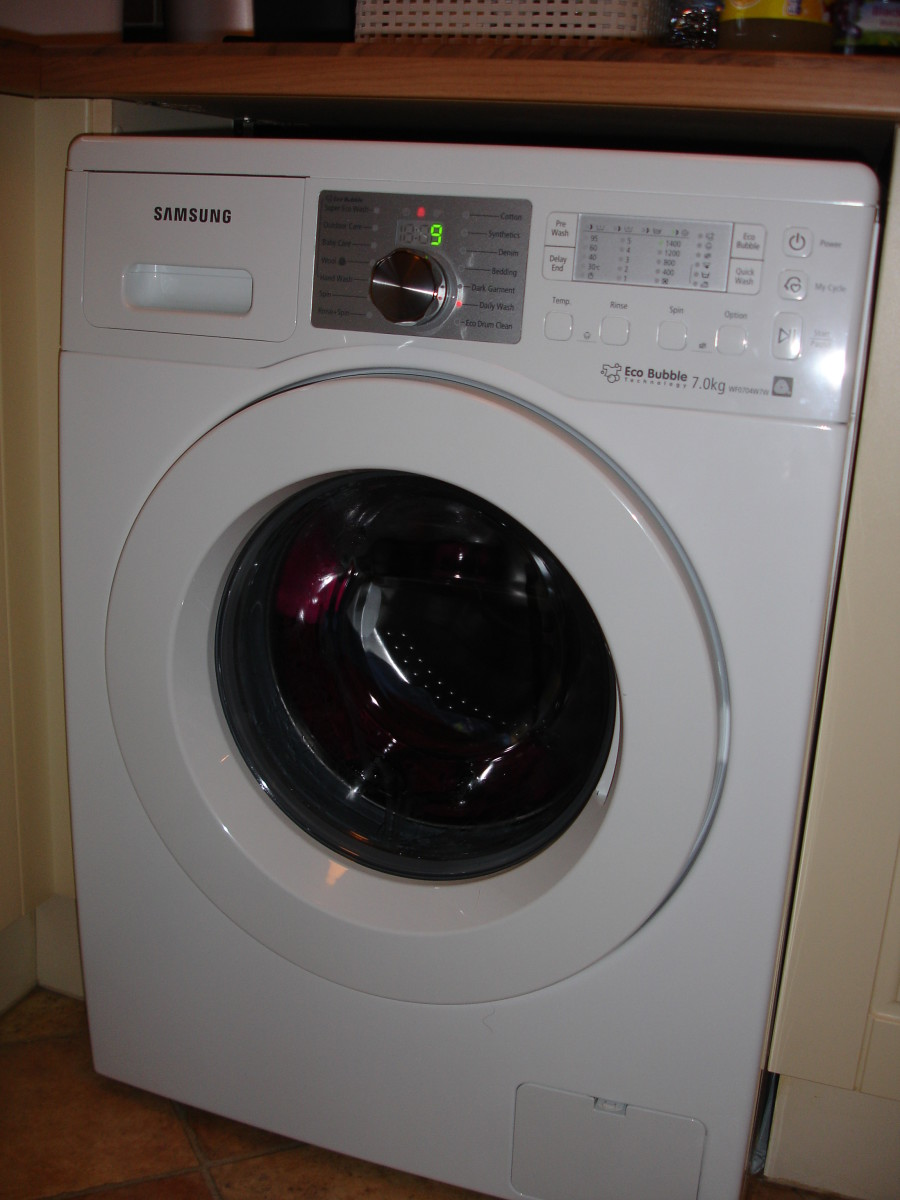 One more shot of our new washing machine.  The point being to show you that we are genuine owners and users of the Samsung model.