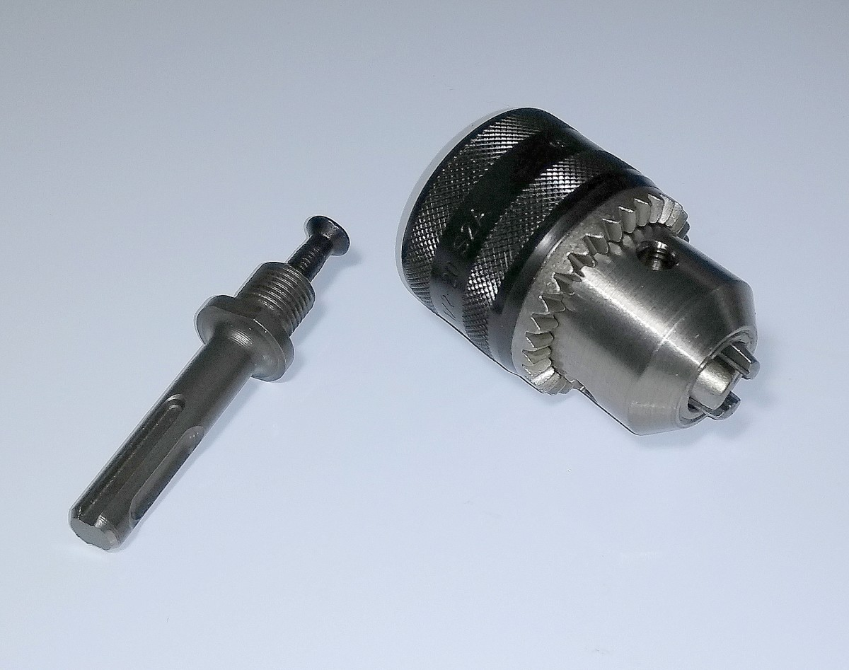Keyed chuck and adapter for use with an SDS drill.