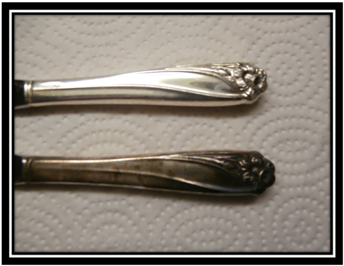 Rogers flatware before and after using Tarn-X
