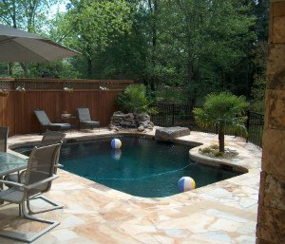 Standard in ground pool shapes and sizes dengarden for Small swimming pool sizes and shapes