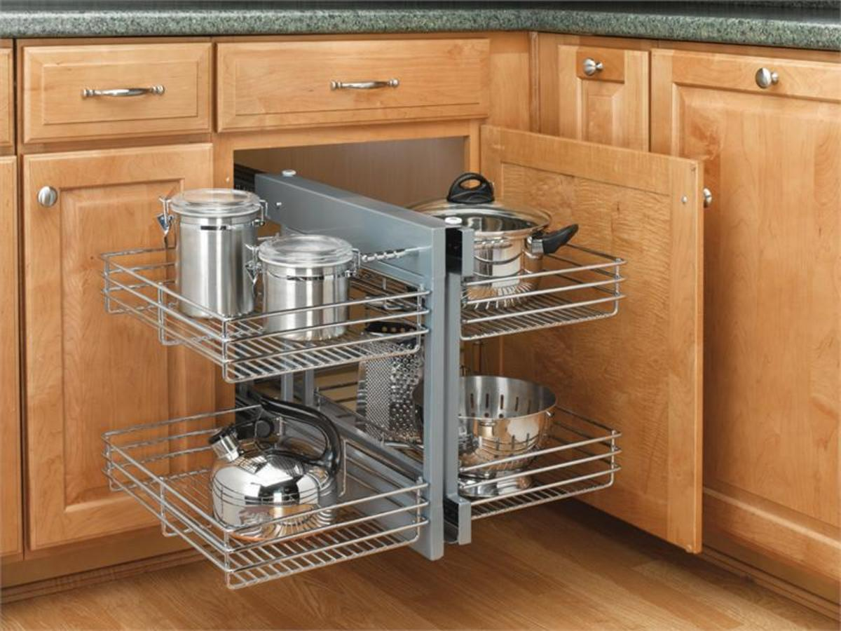 Corner Cabinet Solutions: What Are Your Options? | Dengarden