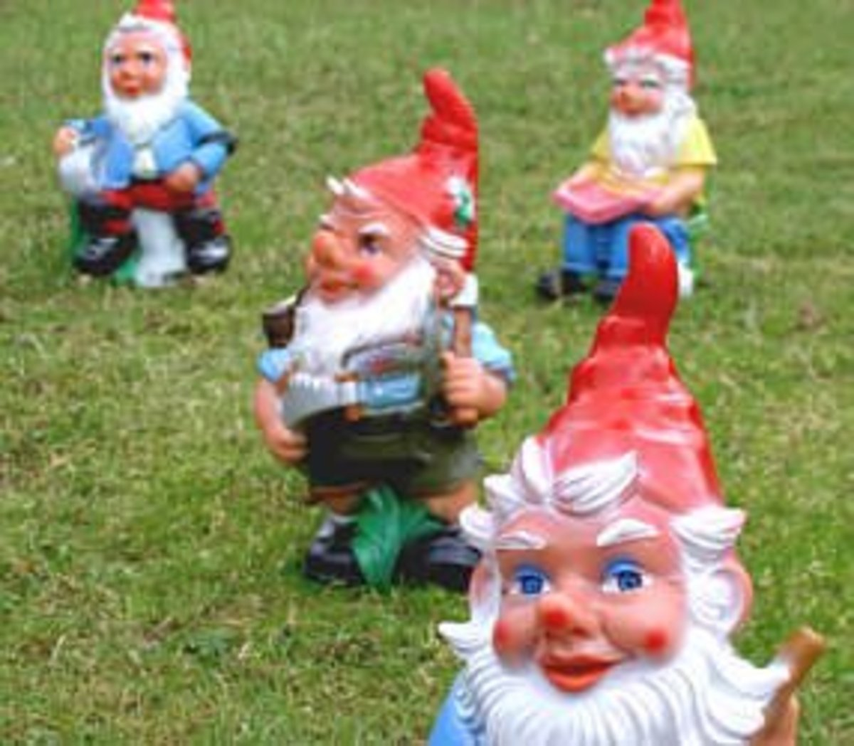 Gnomes in different positions