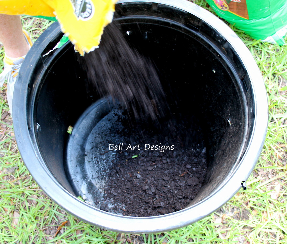 Fill with your favorite soil!