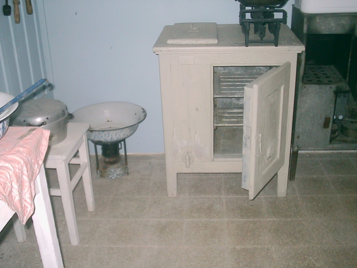 Here is a great picture of a vintage icebox.